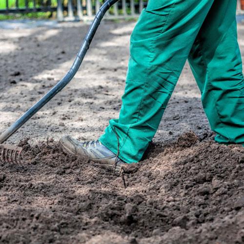 tyngre trädgårdsarbete